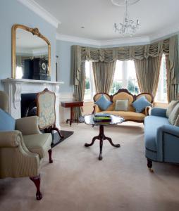 Ireland's Homes Interiors & Living April 2010